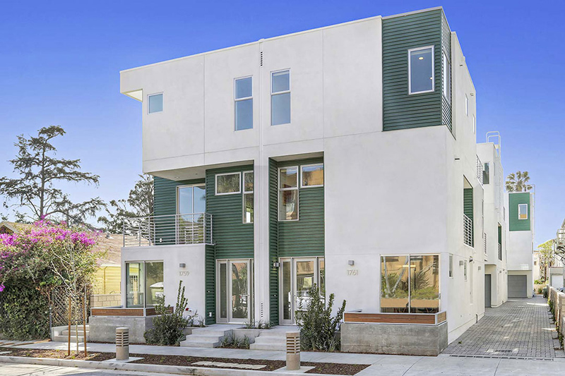 listing homes for sale in los feliz
