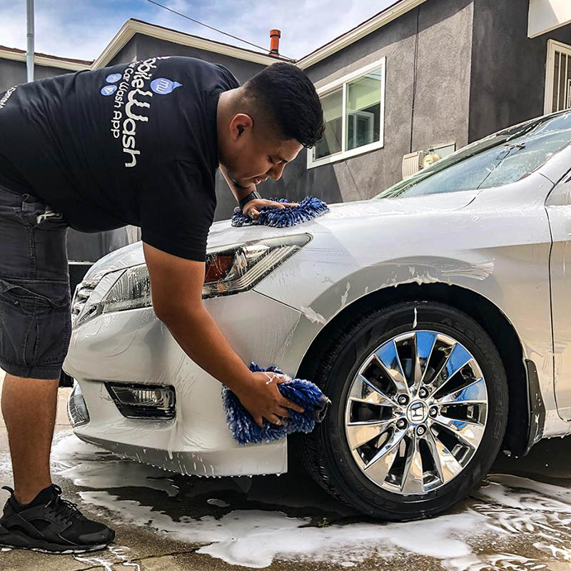 """A """"Mobile Auto Detailing Near Me"""" Nearer Than You Think"""