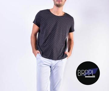 minimalist clothes
